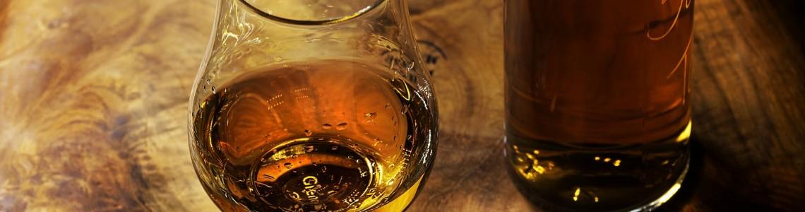 In questa sezione troverai tutta la nostra selezione di blended whisky scozzese, per maggiori informazioni contattare il numero 0650911481